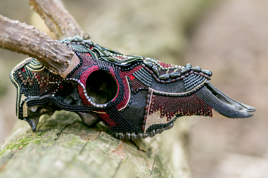 Right side view of Thor, a whitetail deer beaded skull artwork.